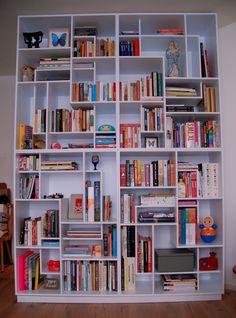HELLO, best bookshelf ever!