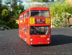 Although the photos were taken today, this really is one from the archives. London Transport Fleetline DMS1300 from Victoria garage working the 10A, this was one of my very first bus models fully resprayed and completed back in 2006. Looking somewhat the worse for wear these days, it may get treated to a new coat of Ayres red at some point as it's now back in my ownership.  EFE 1:76 code 3, full airbrush respray from bare-metal.  networkevolution.co.uk