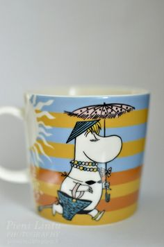Tove Jansson, Moomin Mugs, Happy Colors, Finland, Cups, Cartoon, Decorating, Drawings, Tableware