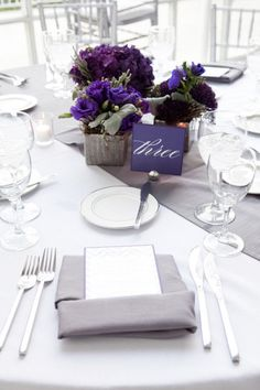 purple centerpeices + silver runner Style Me Pretty | Gallery | Picture | #726682