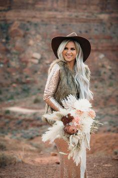 An intimate elopement in the desert of southeastern Utah. Wedding Bells, Wedding Flowers, Wedding Dresses, Boho Inspiration, Wedding Inspiration, Wedding Planner, Destination Wedding, Dream Wedding, Wedding Day