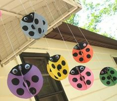 These adorable twirling ladybugs are a great summer kid's craft! These ladybugs are easy to make and look so cute swirling and twirling in the breeze. Summer Crafts For Kids, Spring Crafts, Art For Kids, Fun Crafts, Arts And Crafts, Paper Crafts, Milk Jug Crafts, Ladybug Crafts, Crafty Kids