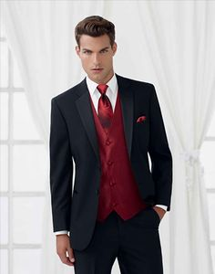 Tuxedo and Suit Rentals at Black and Lee for all the important occasions when you need to look your best.