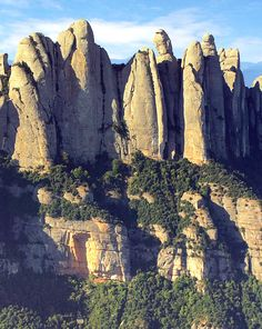 Montserrat European Tour, Mount Rushmore, Cruise, Tours, Mountains, Nature, Travel, Naturaleza, Cruises