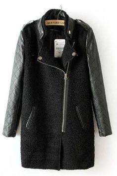 Manteau noir contrastant en cuir à manches matelassées avec fermeture photos