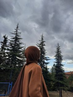 Modern Hijab Fashion, Muslim Women Fashion, Hijabi Girl, Girl Hijab, Stylish Hijab, Teen Girl Photography, Islamic Girl, Muslim Girls, Cute Girl Outfits