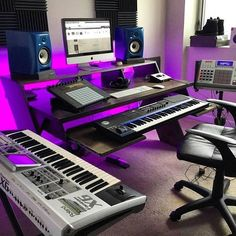 LED lights in music studios are all the rage at the moment. We feature 7 setups that have the absolute best LED lighting for music studios. Music Studio Decor, Home Recording Studio Setup, Home Studio Setup, Home Studio Music, Dream Studio, Home Music Rooms, Audio Studio, Theme Color, Studio Lighting
