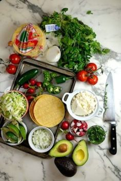 Slow Cooker Mexican Pozole Rojo - Sips, Nibbles & Bites Posole Recipe Chicken, Pozole Recipe, Raw Food Recipes, Soup Recipes, Cooking Recipes, Freezer Recipes, Freezer Cooking, Drink Recipes, Cooking Tips