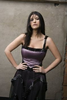Laura Paussini, Singing Contest, Famous Girls, Pop Singers, Her Music, Girls In Love, Record Producer, Katy Perry, Photos
