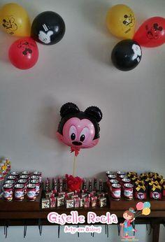 Balão e centro de mesa Mickey