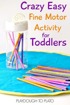This fine motor activity is designed just for little toddler fingers, and it's crazy easy to set up, too! Great busy bag or toddler activity to take on the go. #toddlerlearning