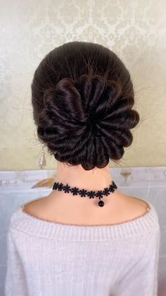 Hairdo For Long Hair, Bun Hairstyles For Long Hair, Long Hair Video, Hair Updo, Front Hair Styles, Medium Hair Styles, Natural Hair Styles, Bridal Hair Buns, Creative Hairstyles