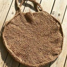 Hemp crochet bag, sac de plage en chanvre crocheté @sowoolsocool #crochet #crochetaddict #crochetbag #hemp #naturalfibers #circlebag #circle #accessories #outfitoftheday #outstanding #bag #beachbag #summertime #summerbag #picoftheday #ecologic #ethicalfashion #instagood #instamood #instafit #sowoolsocool #fimahautcreacool Straw Bag, Wool, Cool Stuff, Instagram, Crochet, Fashion, Hemp, Bag, Moda
