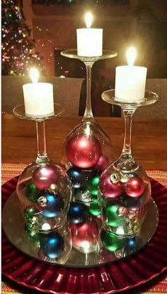 60 of the BEST Christmas Decorating Ideas The BEST DIY Christmas Decorations and Craft Ideas! Everything from Outdoor Decoration, Table Settings, DIY Holiday Crafts, and Home Decor! Noel Christmas, Christmas Projects, Winter Christmas, Holiday Crafts, Christmas Ornaments, Christmas Recipes, Christmas Ideas, Christmas Candles, Rustic Christmas