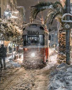 Heavy snowfall ~ Istanbul, Turkey. Photo by @muratate.s ~ Travel Pin