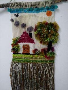 Decorating with wool! Weaving Wall Hanging, Weaving Art, Weaving Patterns, Tapestry Weaving, Loom Weaving, Hand Weaving, Rya Rug, Diy Wind Chimes, Diy And Crafts
