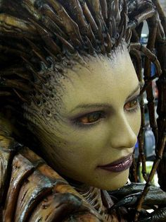 Sarah Kerrigan is freaking real, and somehow grossly sexy Movie Makeup, Scary Makeup, Sfx Makeup, Costume Makeup, Makeup Art, Horror Makeup, Sarah Kerrigan, Halloween Kostüm, Halloween Makeup