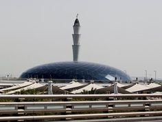 O Qatar estará presente na cimeira do Conselho de Cooperação do Golfo, apesar do bloqueio económico e político contra Doha por parte de Arábia Saudita, Emirados Árabes Unidos, Bahrein e Egito, disse este domingo o ministro qatari dos Negócios Estrangeiros. http://sicnoticias.sapo.pt/mundo/2017-12-03-Qatar-no-Conselho-de-Cooperacao-do-Golfo-apesar-de-bloqueio-contra-Doha