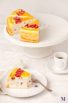 Lady M® Strawberry Mille Crêpes @ Lady M Confections at NYC - a piece of heaven Sweet Desserts, No Bake Desserts, Just Desserts, Sweet Recipes, Dessert Recipes, Crepes, Churros, Yummy Treats, Yummy Food
