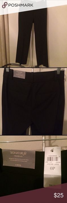 Ann Taylor beautiful slack suit pants black nwt 0p Never worn, perfect condition. This suit pant can be worn with blazer or just with blouse tucked in for a polished look. Purchased full price, get it discounted while you can! Ann Taylor Pants Trousers
