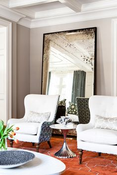 Great upholstery. Jennifer Worts, again - desire to inspire - desiretoinspire.net