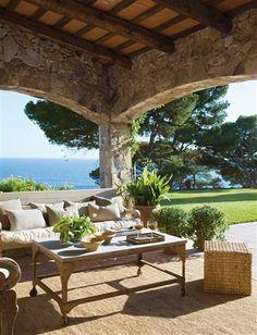 Con esencia mediterránea · ElMueble.com · Casas