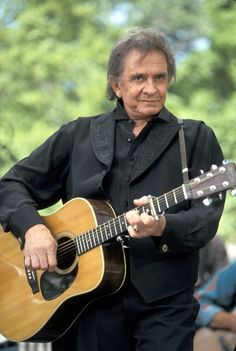 Johnny Cash - Country Singer & Country Legend