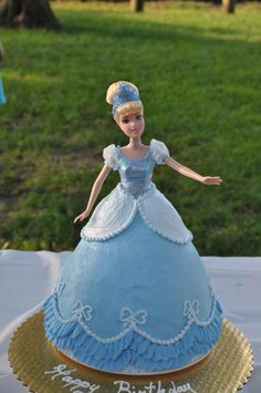 Birthday kids cake thoughts 31 Ideas for 2019 Doll Birthday Cake, Barbie Birthday, Birthday Cupcakes, Girl Birthday, Husband Birthday, Birthday Bash, Cinderella Doll, Cinderella Birthday, Princess Birthday