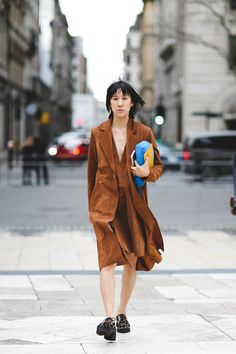 The Best Street Style At LFW AW16 #refinery29 http://www.refinery29.uk/2016/02/103500/street-style-london-fashion-week-aw16-news#slide-72 Eva Chen strikes again....