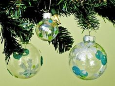 Mid-century Modern-Inspired Ornaments | Community Post: 39 Ways To Decorate A Glass Ornament