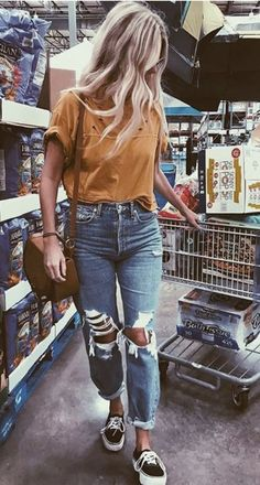 mustard tee + distressed boyfriend jean + vans platform sneakers #ootd