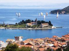 Sailing by #Vis, Croatia