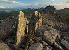 Castell y Gwynt, Dartmoor, Scotland. Photo by Alex Nail.