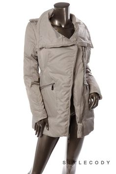 Finally a down jacket that doesn't sacrifice style for warmth!