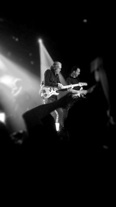 Billy Sheehan & Paul Gilbert - MR BIG in Uruguay 2017
