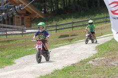 Gipfelerlebnis Riesneralm - E-Enduro Bikepark © Mandl Sport, Bicycle, Motorcycle, Vehicles, Road Trip Destinations, Summer, Deporte, Bike, Bicycle Kick