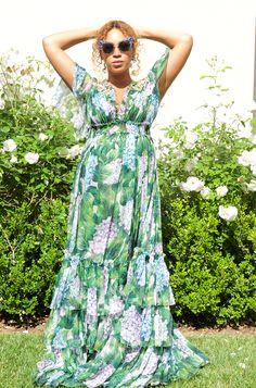 Beyoncé:Dress: Dolce and Gabbana,Bag: Balmain,Shoes: Giuseppe Zanotti,Sunglasses: Miu MiuBlue:Dress: Dolce and Gabbana,Shoes: BlochJay Z:Jacket: Dries Van Noten,Hat: Roc Nation