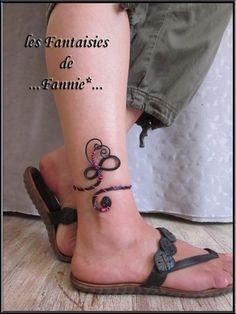 """Bracelet cheville DESIGN alu """"NOIR et ROSE """" ajustable : Bracelet par les-fantaisies-de-fannie"""