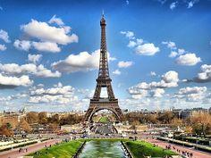 City Break Paris 8 Martie! Voucherul de 28 Lei iti asigura pretul redus de 209 Euro/persoana pentru 2 nopti de cazare in Paris + transport a...