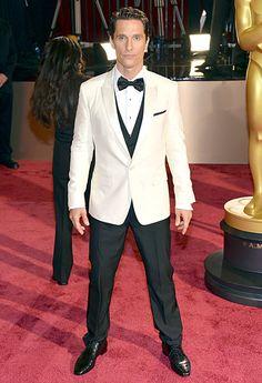 Matthew McConaughey #MyTailorIsFree #menstyle #gentlemen #classy #business #menstyle #fashion #gq #custommade #menstyle #suit #italian #frenchstyle #fashionformen #menswear #suitandties #bowtie #tie #citymen #smartlook #outfit #glamour #tuxedo #redcarpet