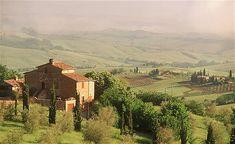 Villa in Tuscany, Italy http://i.telegraph.co.uk/multimedia/archive/01797/umbria-villa-Italy_1797380b.jpg