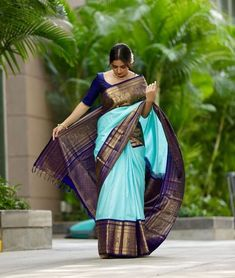 The Most Stunning South Indian Bridal Looks Of 2019 Pattu Sarees Wedding, Indian Bridal Sarees, Bridal Silk Saree, Indian Beauty Saree, Bridal Sarees South Indian, Indian Silk Sarees, Punjabi Wedding, Blue Silk Saree, Soft Silk Sarees