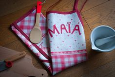 personalized kids apron tutorial