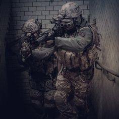 Military hobby blog: http://zimhangmen.tumblr.com/