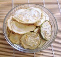 Сыроедческие чипсы из кабачка