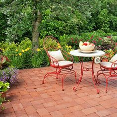 traditional patio by K Landscape Management