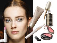 Il trucco naturale per eccellenza richiede cosmetici adatti che diano al viso un aspetto curato con leggerezza data-pin-do=