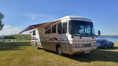 Diesel 8.3 Cummins Pusher Holiday Rambler Motorhome 38ft Calgary Alberta image 1