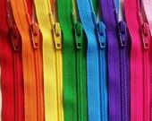 ZIP IT: An Etsy site with every color zipper under the rainbow it seems....how many times have I looked for zippers for various projects?