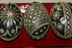 Types Of Eggs, Egg Shell Art, Fork Art, Carved Eggs, Egg Dye, Ukrainian Easter Eggs, Faberge Eggs, Crafts Beautiful, Egg Decorating